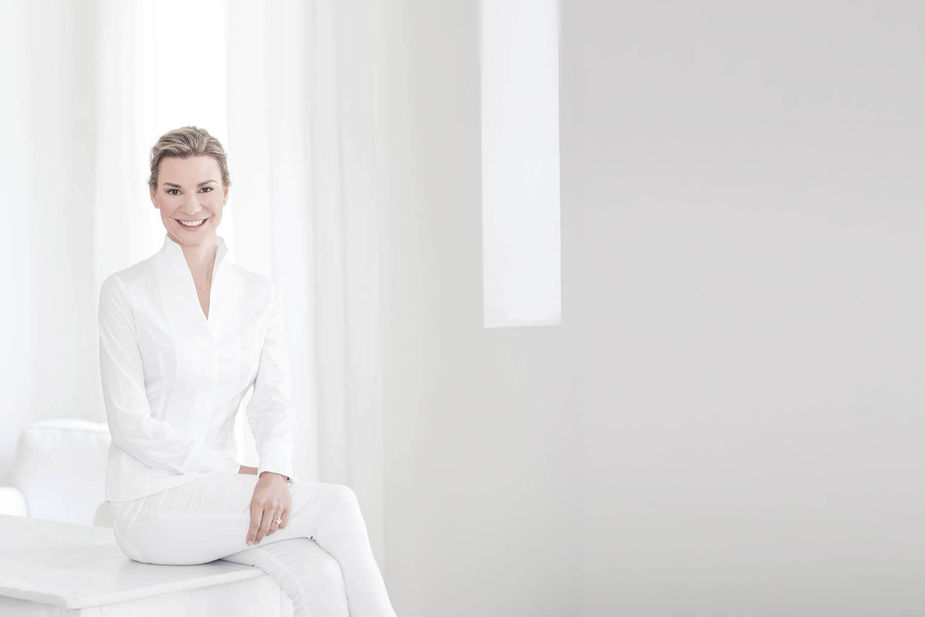 Dr. Janna Harder
